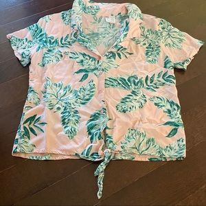 Women's Hawaiian Crop Top Hawaiian Size Medium 🌺